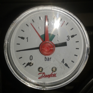 Manometer 0,5 bar