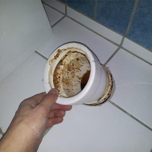 Montering af toilet - Gammel klosettilslutning
