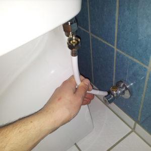 05 Montering af toilet på beslag