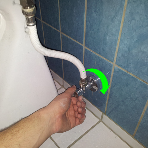 Luk for vandet til toilet